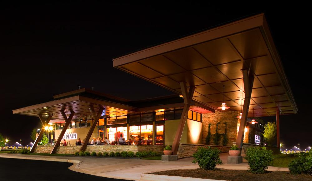 015_Arch - 131 Main Restaurant 3.jpg