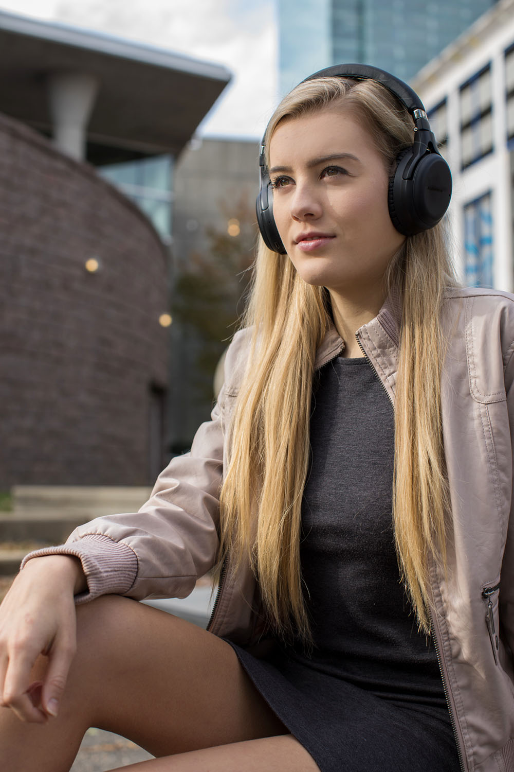 headphones-model-uptown.jpg