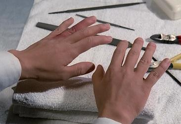 And she doesn't have a manicure