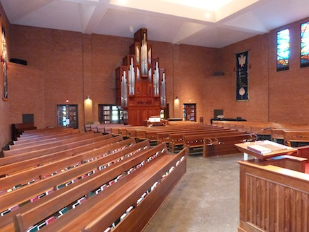 Nave_from_lectern.jpg