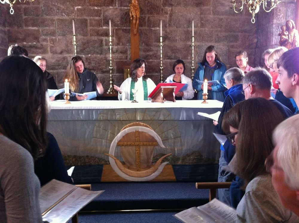 Eucharist at The Bishop's House with the Rev'd Gwyneth Murphy and St. Luke's Pilgrims (Wonder Voyage photo)