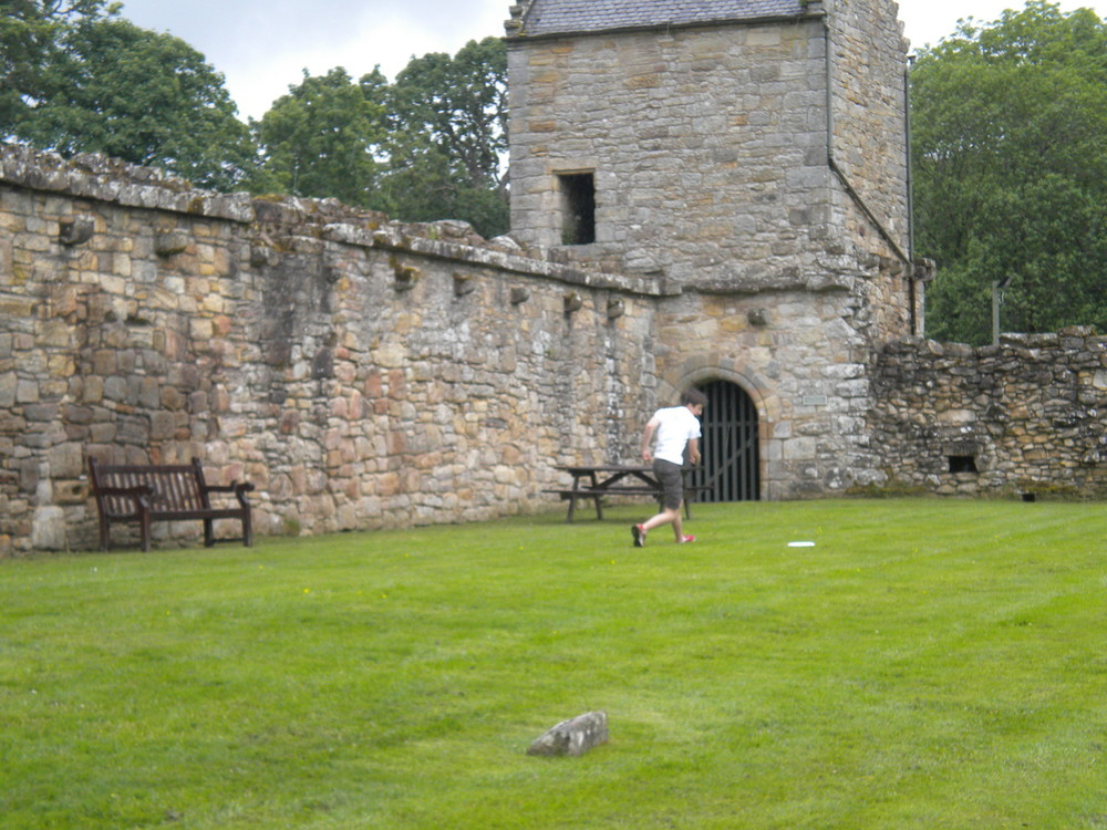 A Frisbee breeches the walls at Craignethan