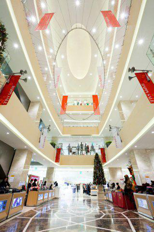 A soaring central atrium connected four floors of shopping space