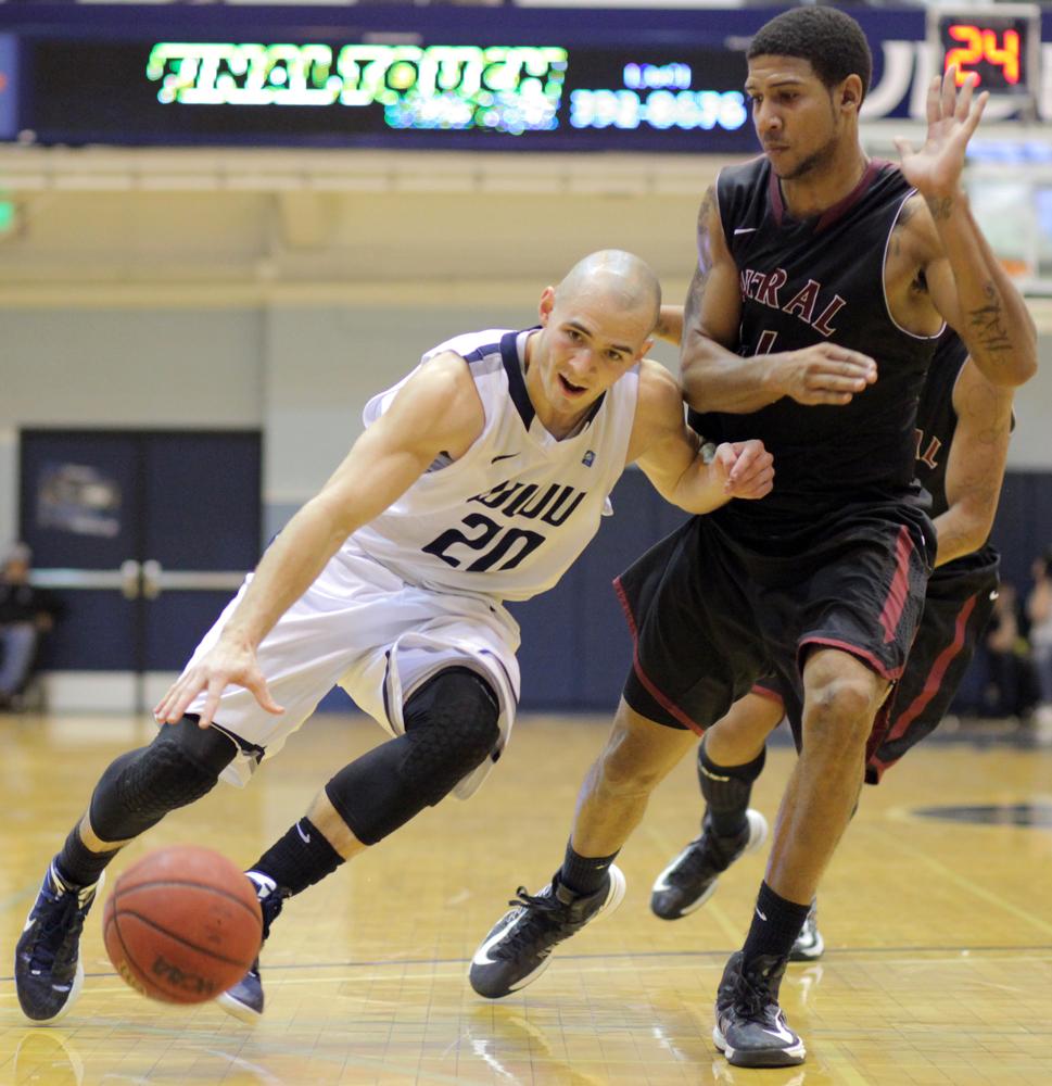1-10-13 men's basketball vs CWU 3
