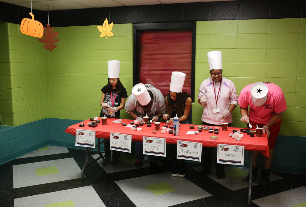 112014 Iron Chef NEG 185