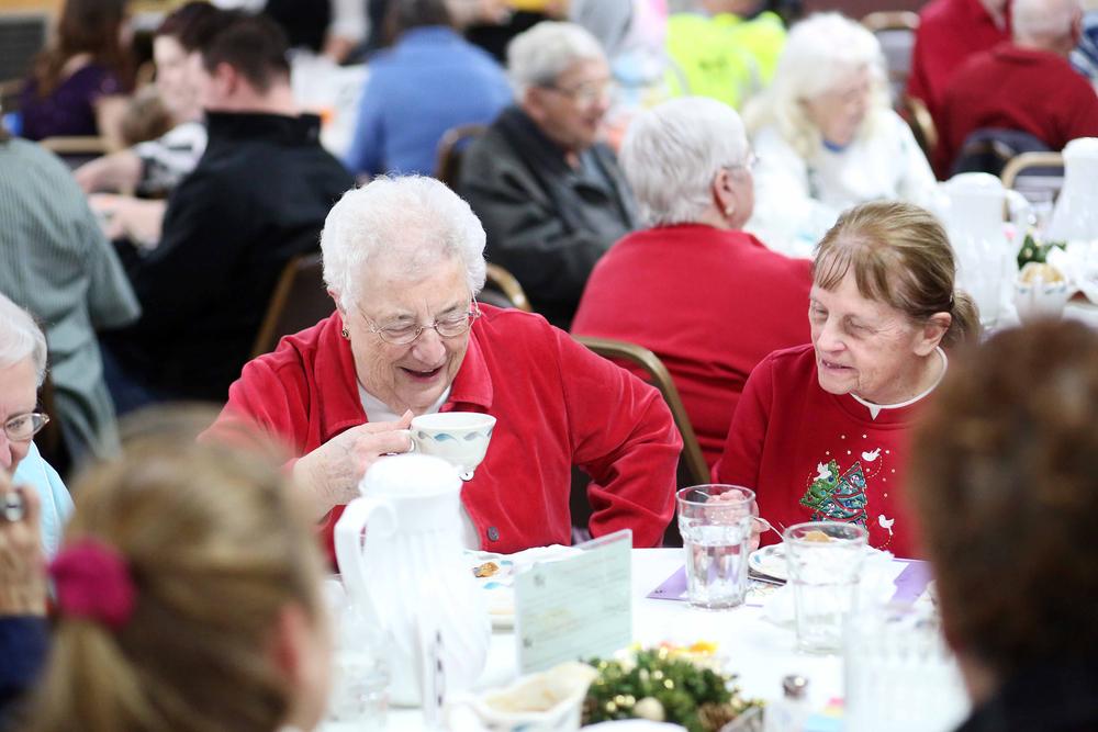 Free Christmas Meal at First Presbyterian Church 0005