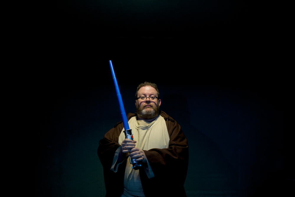 Sean Seger dressed as Obi-Wan Kenobi for the premiere of Star Wars: The Force Awakens on Thursday, Dec. 17, 2015, at the Goodrich Jackson 10 theater in Jackson, Mich. (Nick Gonzales | Mlive.com)