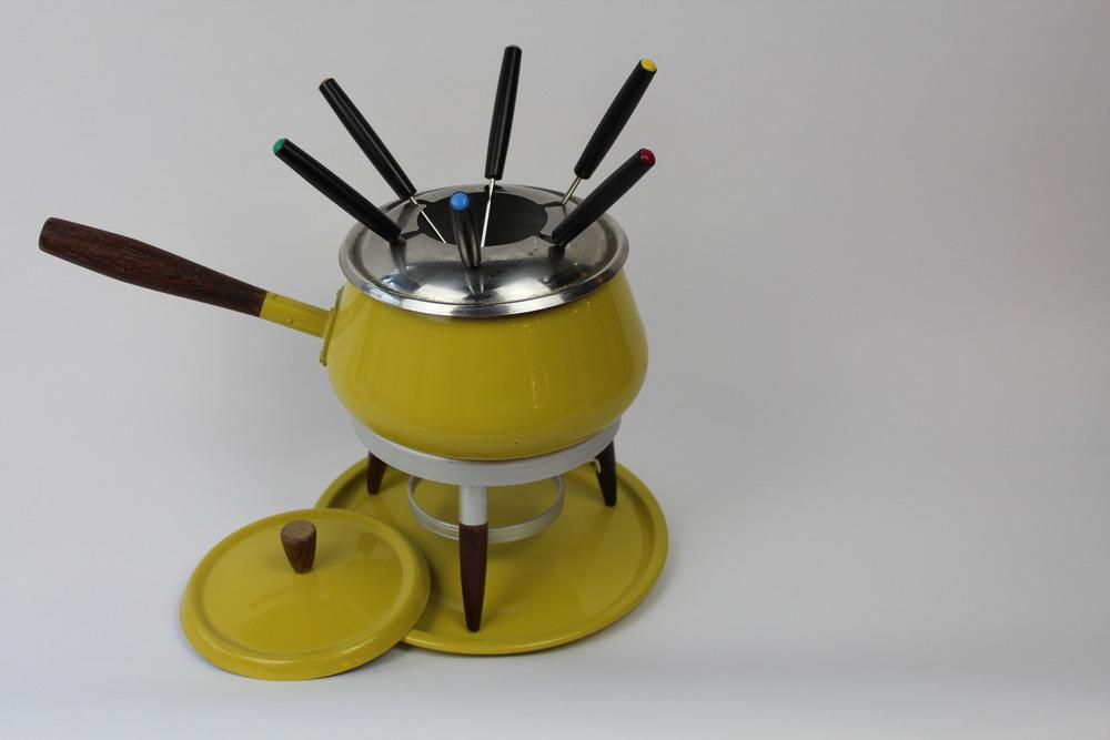 Vintage Fondue Pot and Forks