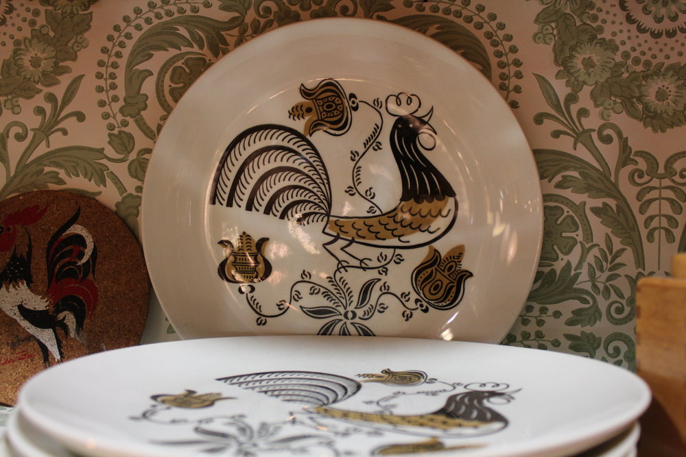 Mid-century modern rooster dinner plates