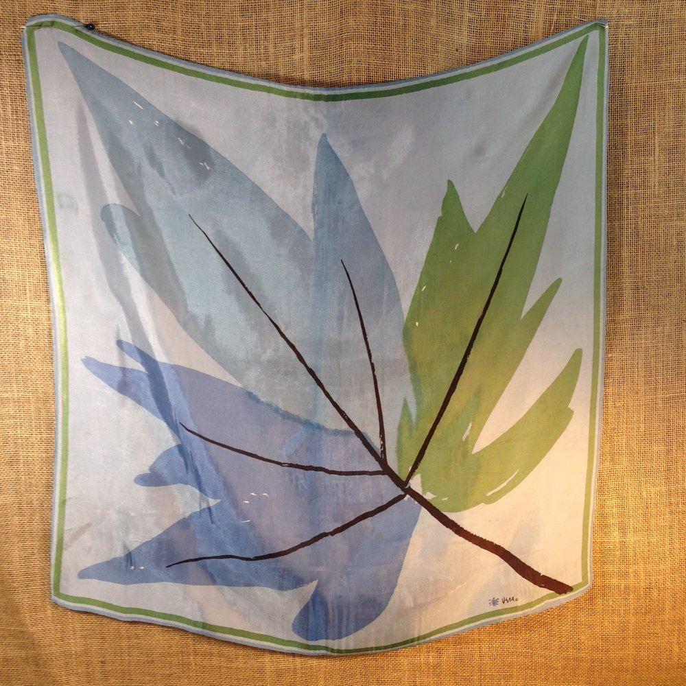 Maple Leaf Vintage Vera Scarf