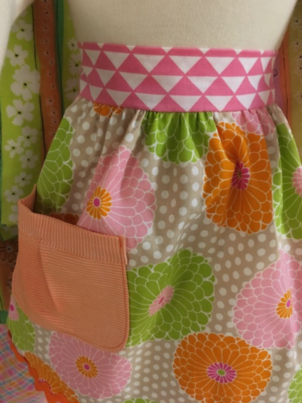 children's apron.png