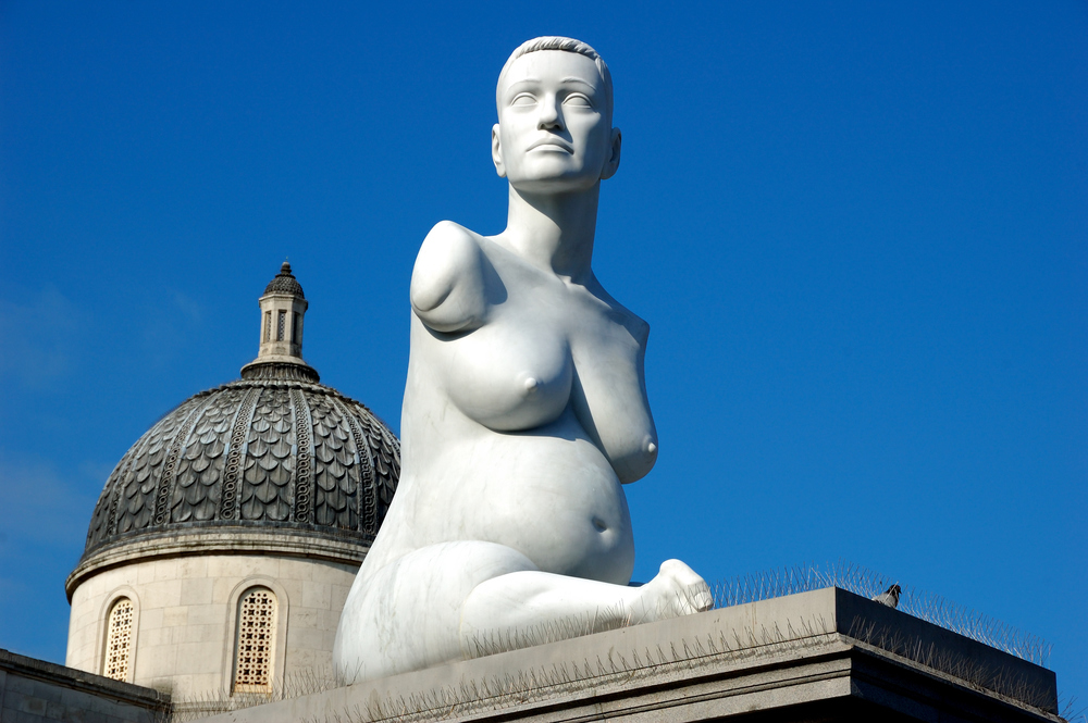 Alison Lapper on diplay at the Trafalgar Square - Marc Quinn