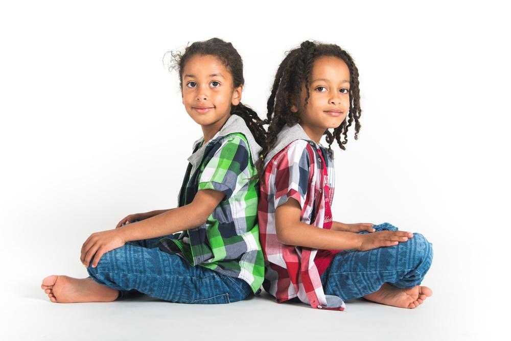 awarchol_twins_web-8.jpg