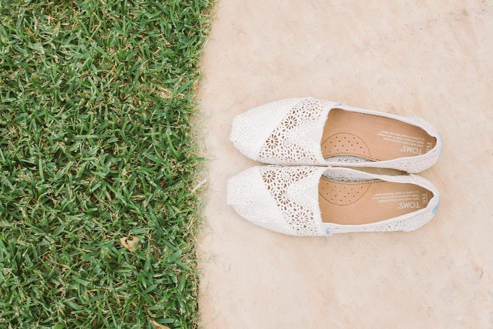 College-Station-Wedding-Liz-Andrew-Votive--5.jpg