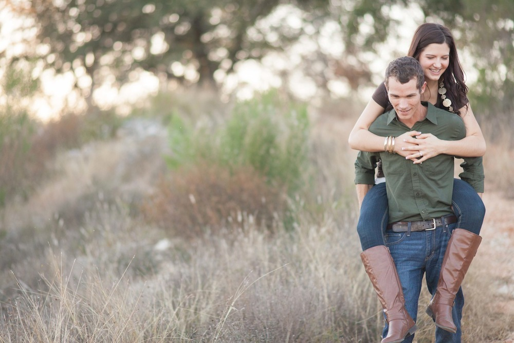 Hill_Country_Engagement_portraits-4-2.jpg