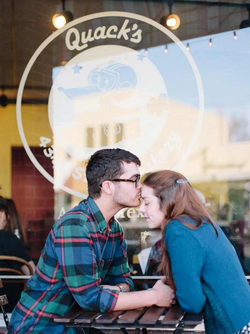 quack's_bakery_austin_texas_engagement_photography-4.jpg