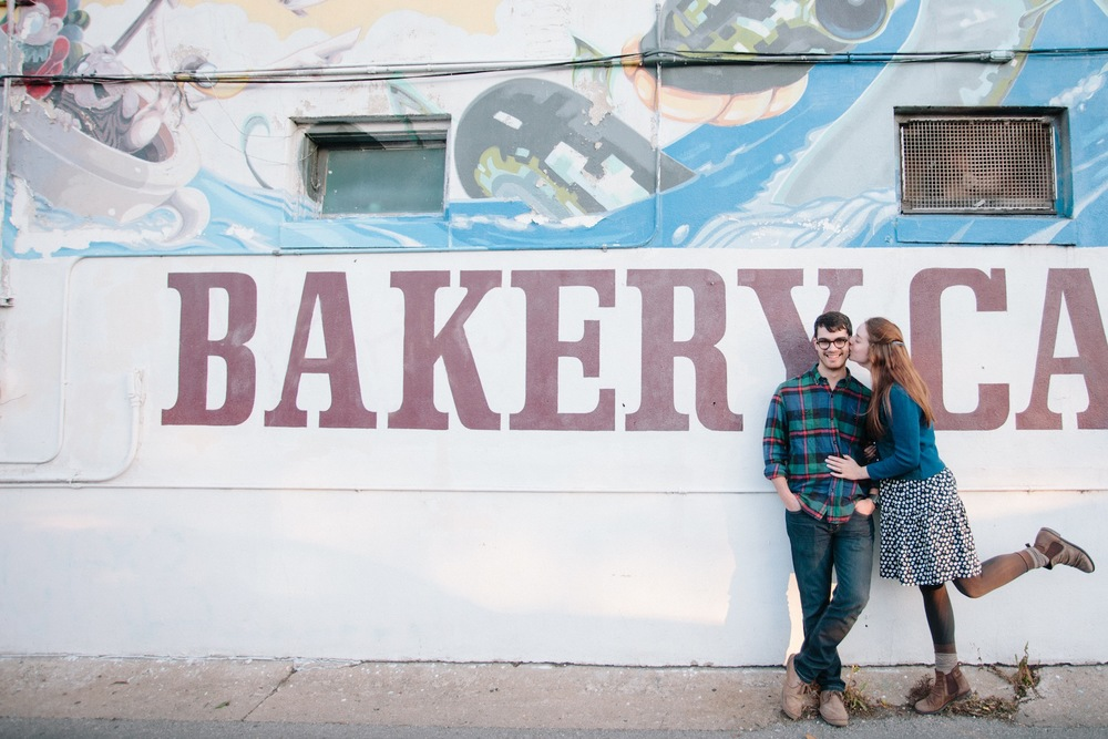 quack's_bakery_austin_texas_engagement_photography-10.jpg