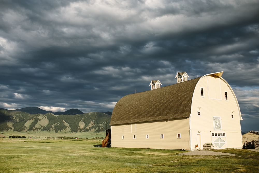Big-Yellow-Barn-Bozeman-Montana-Photography-1.jpg