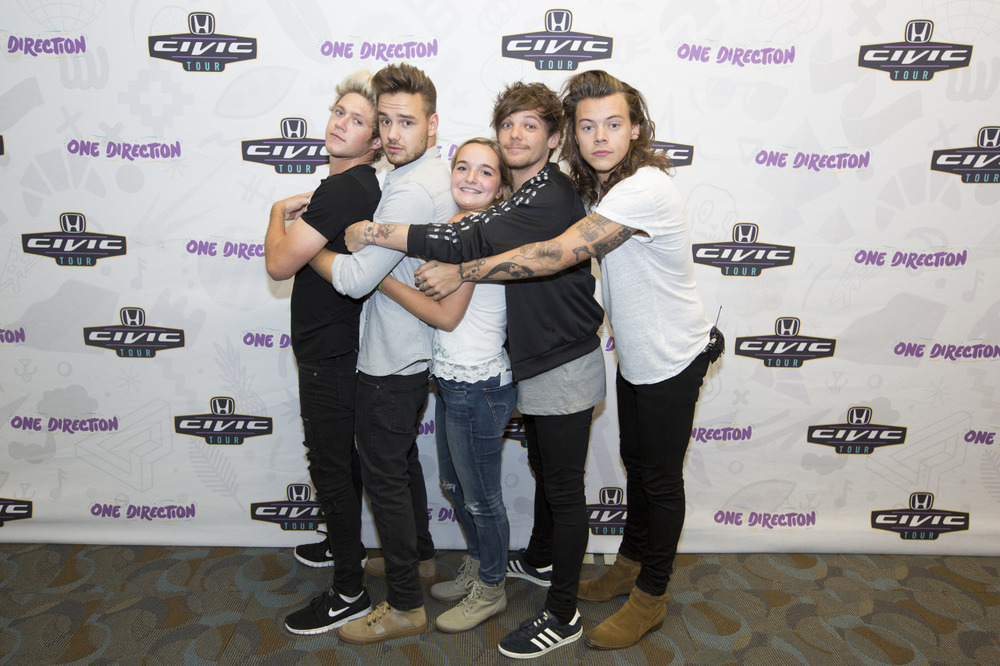 Larry touches at meet and greet are pigs flying larry stylinson m4hsunfo