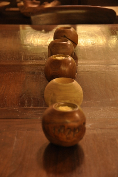 Wooden Sphere Candle Holder    Price: $18 , 4""