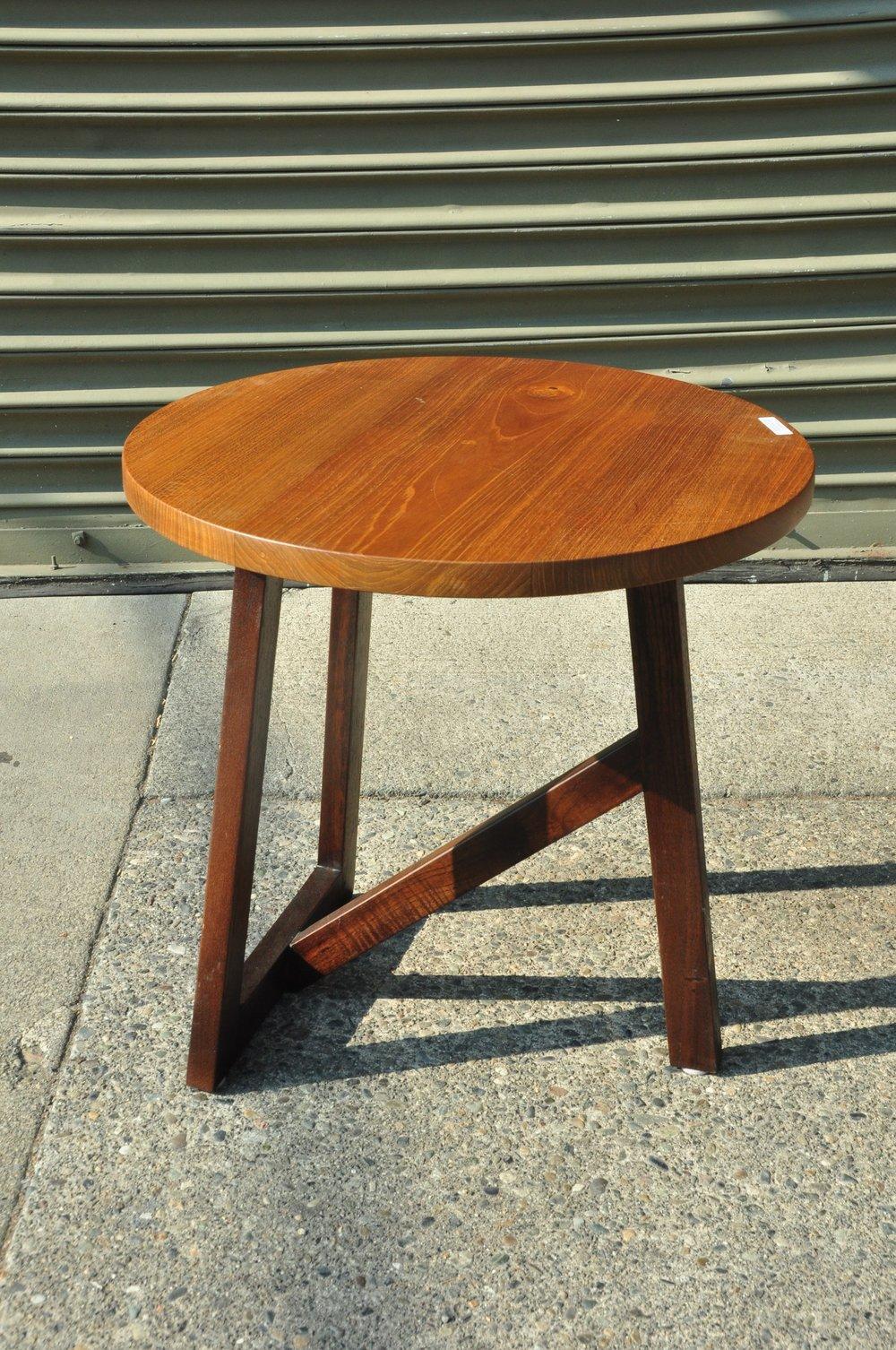 "Miring Round Side Table     Price: $278    20""Dx20""H"
