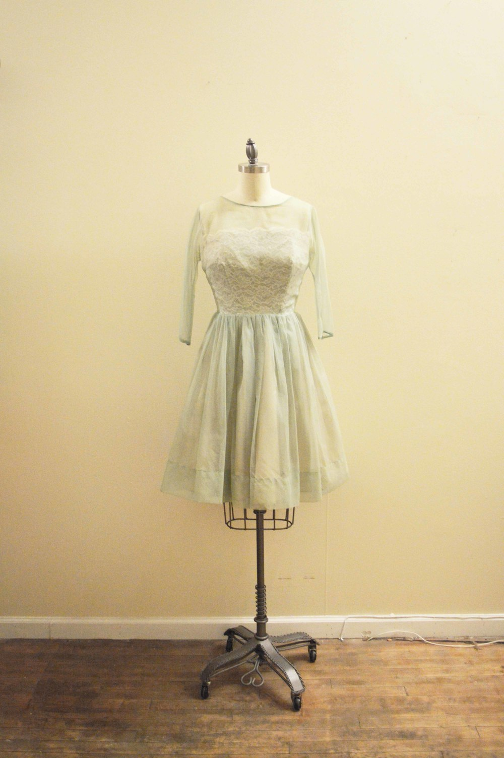 50's mint organza lace pd.jpg