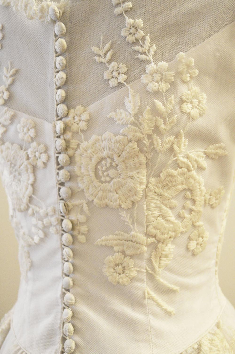 Vintage Bridal 1950's Floral embroidered tulle dress