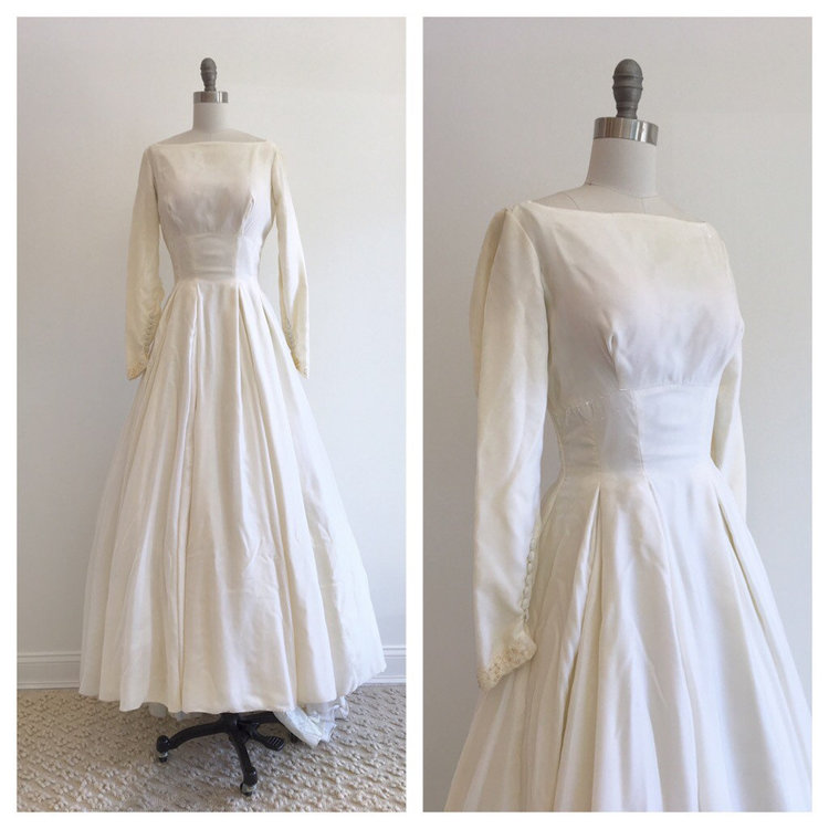 Vintage Bridal 1960\'s silk velvet wedding dress with long sleeves ...