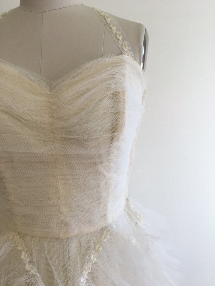 Vintage 1950\'s Bridal tulle tiered ruffle prom or tea length wedding ...