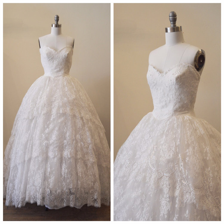Vintage Bridal Redesigned 1950s Strapless Sweetheart Lace Tiered Wedding Gown