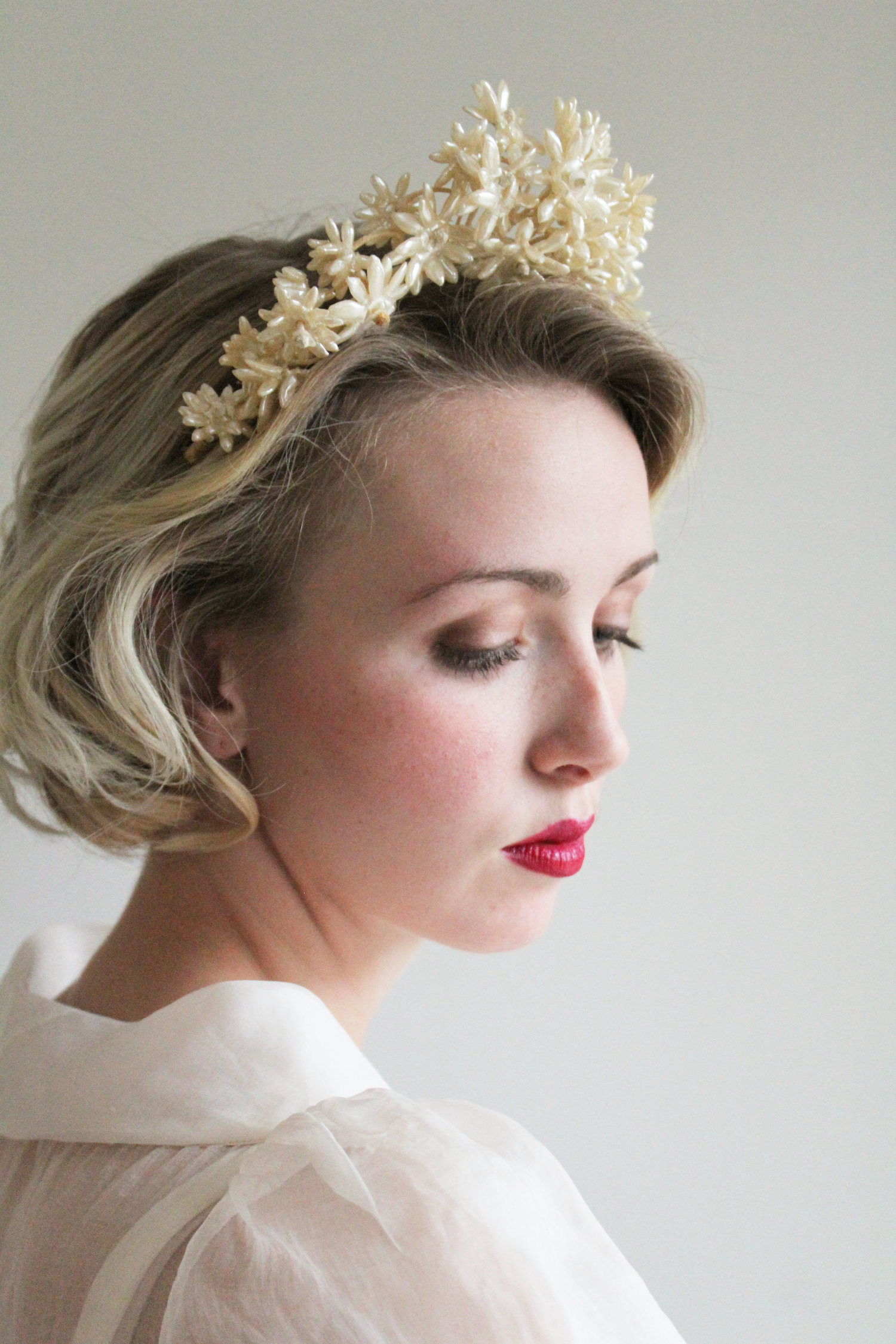 Vintage 1930s 40s wax flower bridal crown mirandas vintage bridal vintage 1930s 40s wax flower bridal crown izmirmasajfo Choice Image