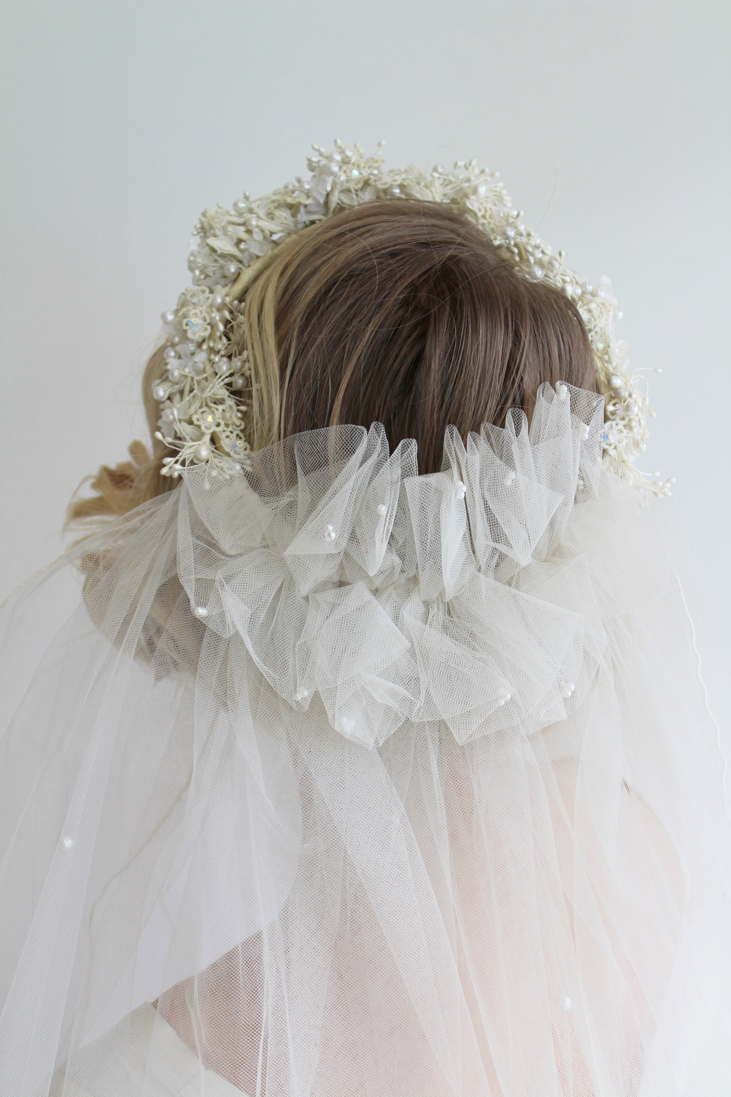Vintage 1980s Flower Crown With Attached Veil With Pearl Details