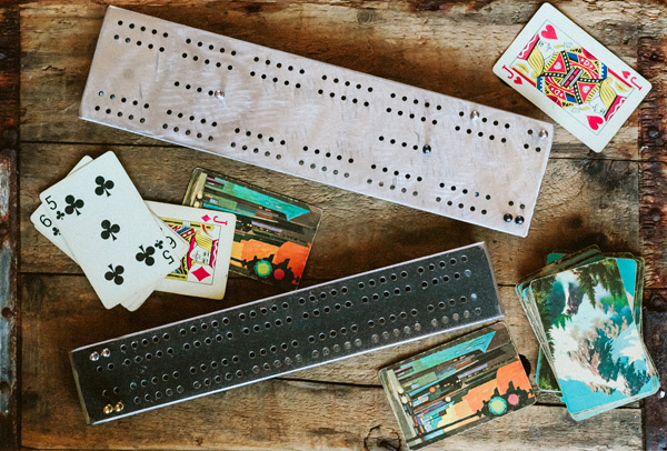 CLICK IMAGE TO SEE CRIBBAGE BOARDS, PLAYING CARDS & PEGS