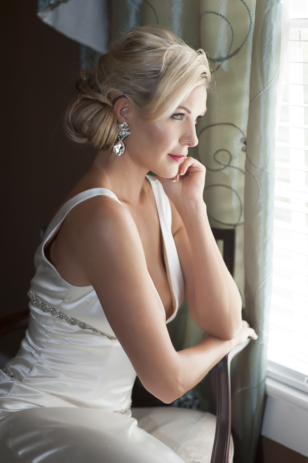 Bride at Window, Basingstoke Wedding Photographers, Kenneth Light Studios