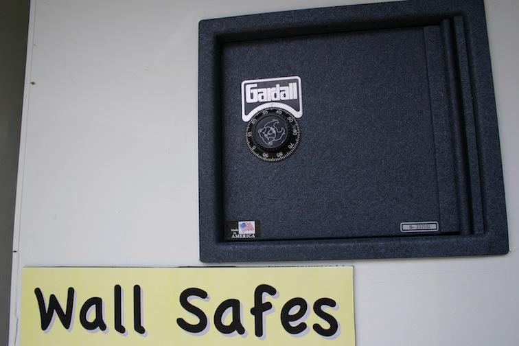 wall_safe.jpg
