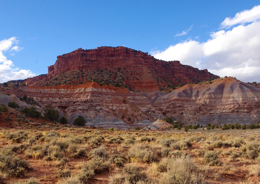 escalante cliff.jpg