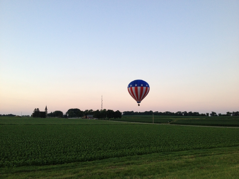 red-white-and-blue-balloon-madison.JPG