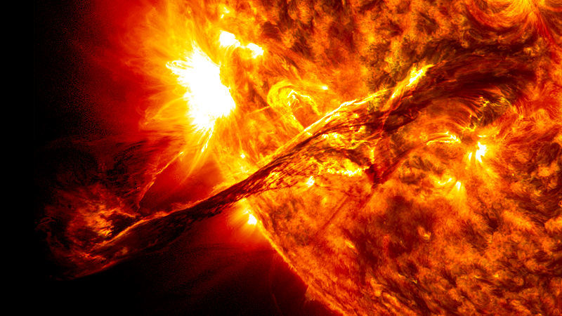 Behold the sun, giver of life! Earth. Image credit: NASA/SDO/AIA/Goddard Space Flight Center, wikimedia commons