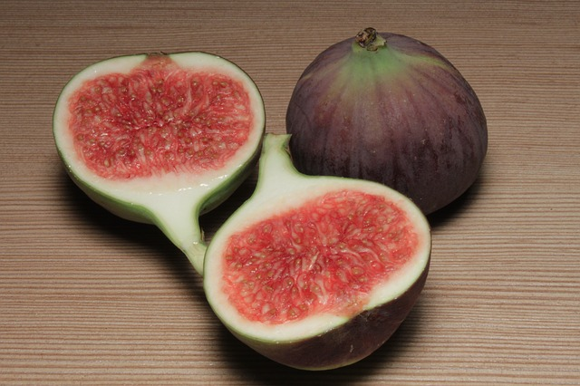 A delicious fig. You can see where the ostiole would be on the bottom of the fruit. Did you know that there are over 800 species in the Ficus genus? That's a lot of figs. Photo Credit: user byrev; pixabay.com