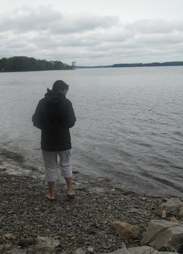 Helen looking for horseshoe crabs