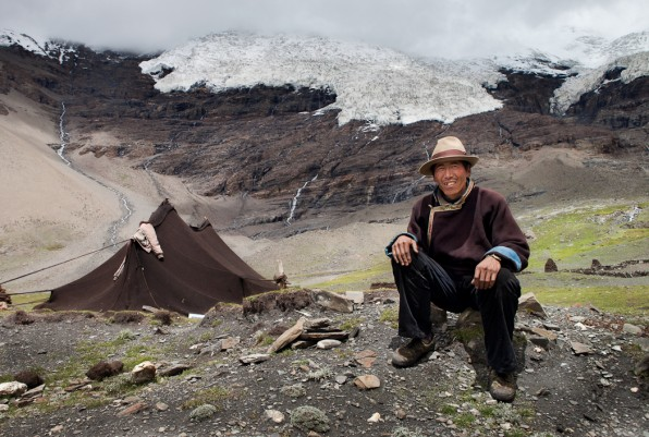 Tibetan resident. (Image from National Geographic, www.nationalgeographic.com)