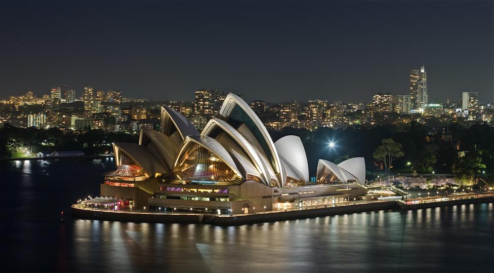 Sydney Opera House (Source: Wikimedia Commons)