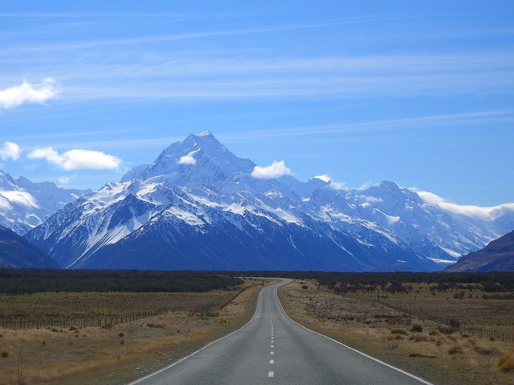 Road to Mt. Cook, New Zealand by B.muirhead (WikiMedia Commons)