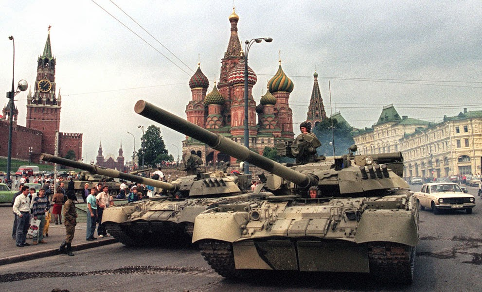 Pictures of The Fall of the Soviet Union, 1991 (17)[1].jpg
