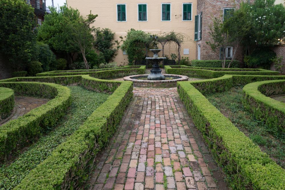 The Side Garden of the Beauregard-Keyes House_2013.jpg