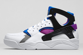 Color:White/Lyon Blue-Bold Berry-Black Style Code: 686203-100 Release Date: 08/07/14 Price: $115