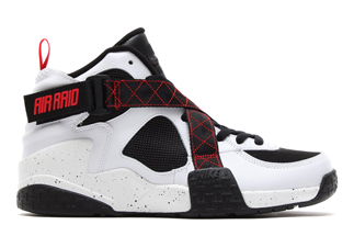 Color: White/Black-University Red Style Code: 642330-100 Release Date: 08/08/14 Price: $135