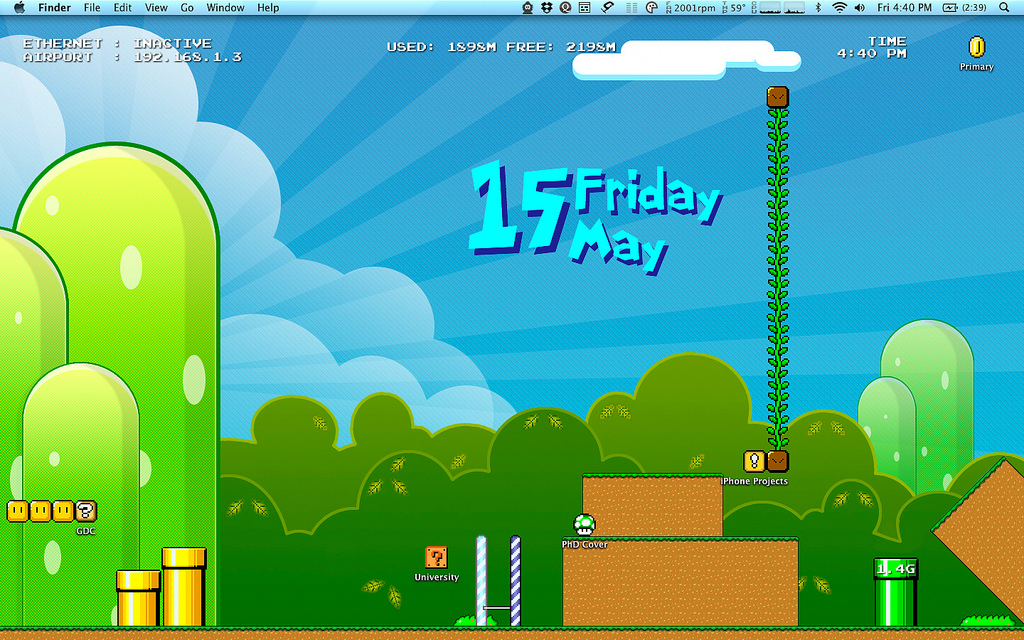Awesomeness - Lifehacker - The Super Mario Desktop, (thanks Venk for the link)