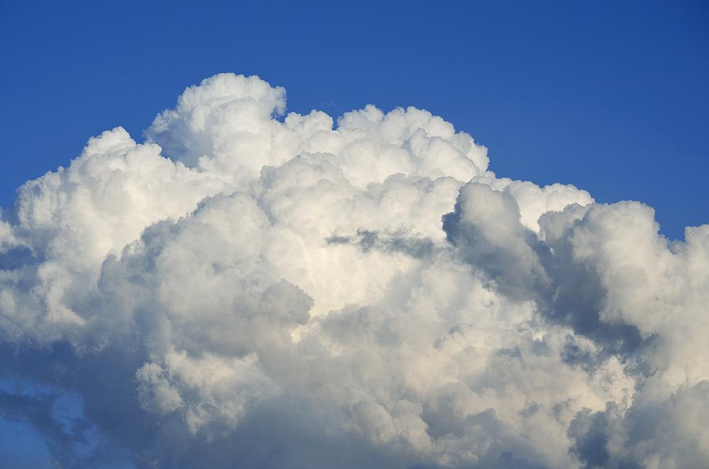 cloudinsouthernsky1email.jpg