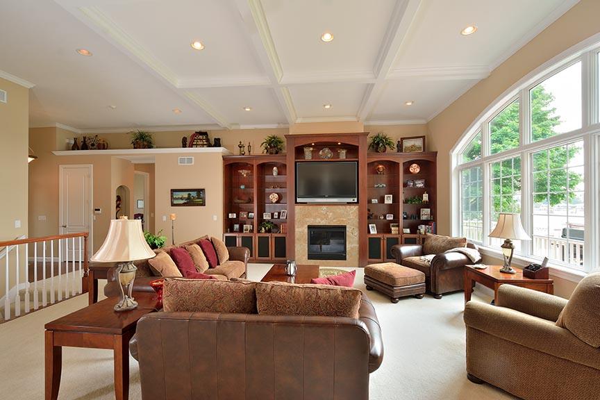 livingroom4email.jpg